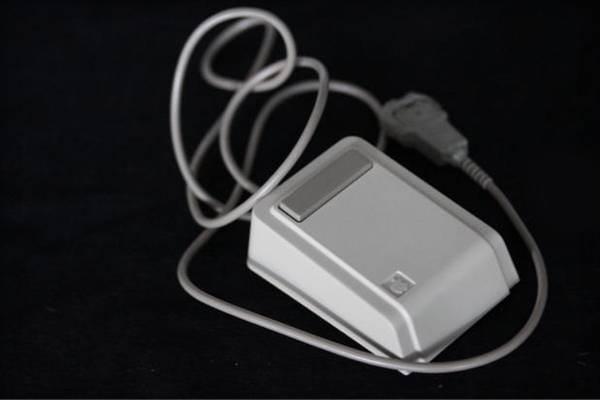 Steve Jobs'un 30 y�l �nce g�md��� zaman kaps�l�n� buldular