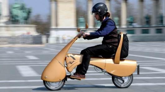 Trafi�e ��z�m: Katlanabilen elektrikli scooter