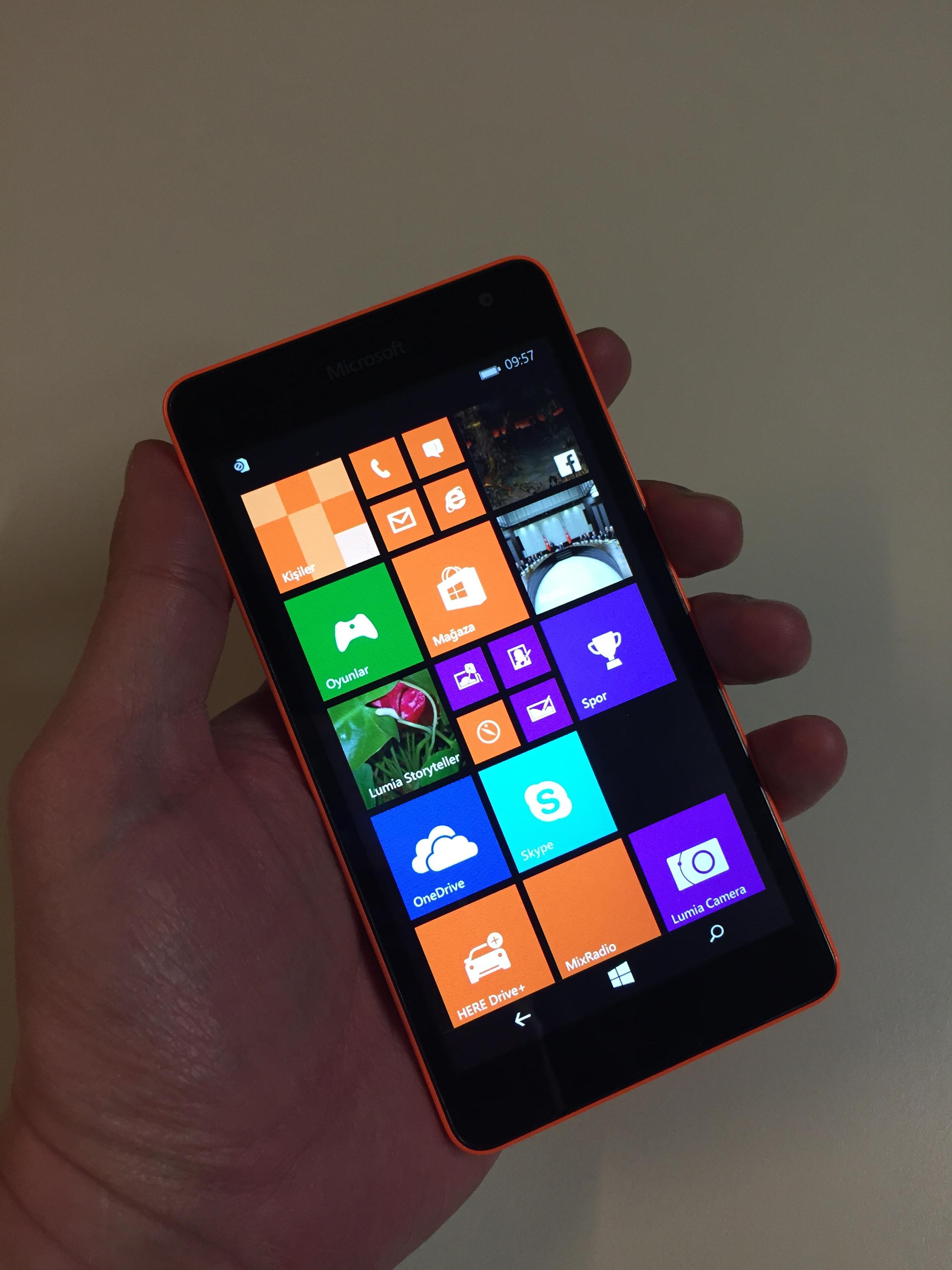Microsoft Lumia 535'in foto�raflar�