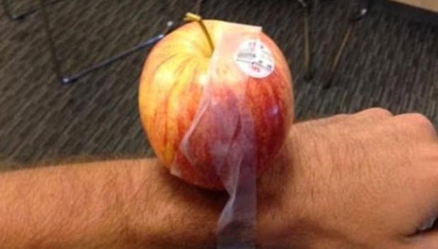 Apple Watch ile b�yle dalga ge�tiler