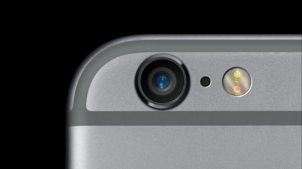 T�m iPhone modelleriyle ayn� foto�raflar� �ekti! iPhone kameras�n�n geli�imi!
