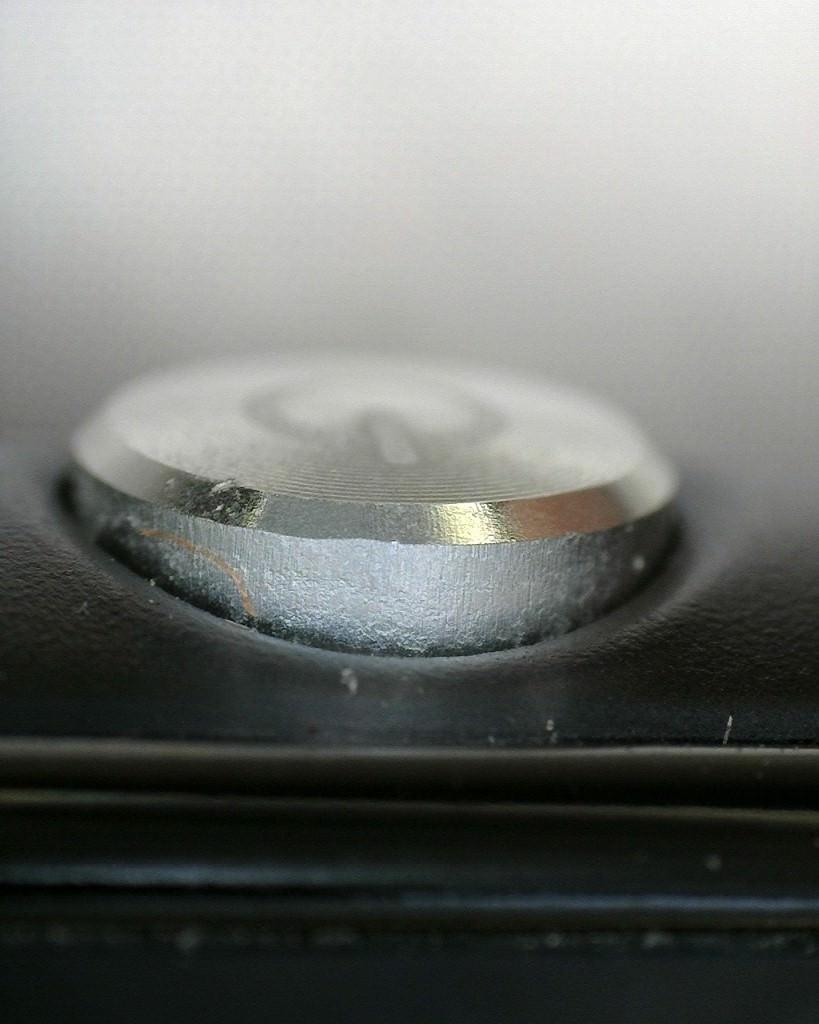 Sony Xperia Z3 Compact mikroskop alt�nda