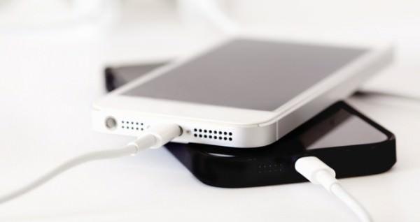 Telefonlar�n� gece boyunca �arjda b�rakanlar dikkat