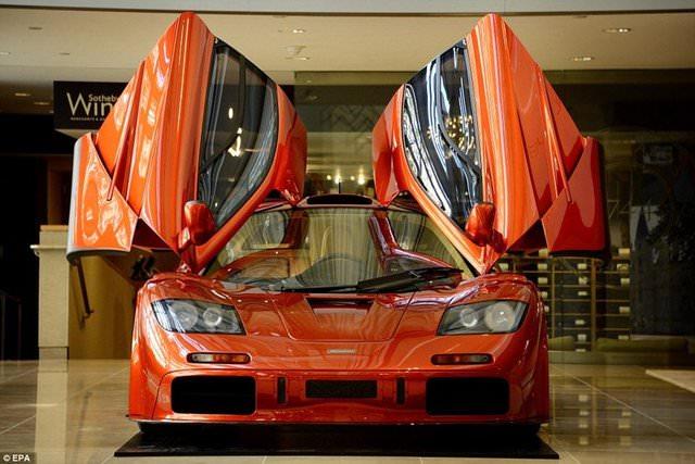 3 ayda yap�lan McLaren F1 g�r�c�ye ��kt�