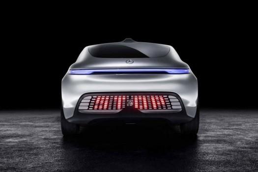 CES 2015: Mercedes'ten gelecekten gelen s�r�c�s�z otomobil