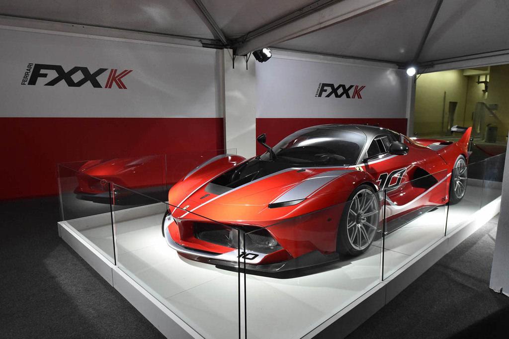 Ferrari'nin yeni g�z bebe�i FXXK