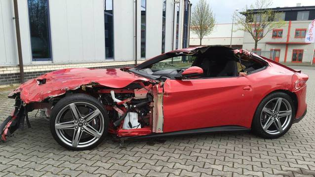 Kazal� Ferrari 240 bin TL�ye sat�l�yor