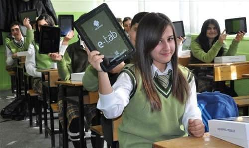 2 d Okullarda Tablet Bilgisayarlar Dağıtılacak
