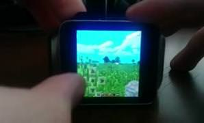 Android Wear'l� ak�ll� saatte Minecraft oynamak