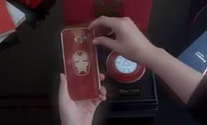 Iron Man temal� �zel �retim Galaxy S6 Edge'ler sat��a ��k�yor