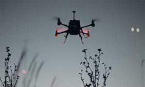 Kar��n�zda drone'lar�n dans�