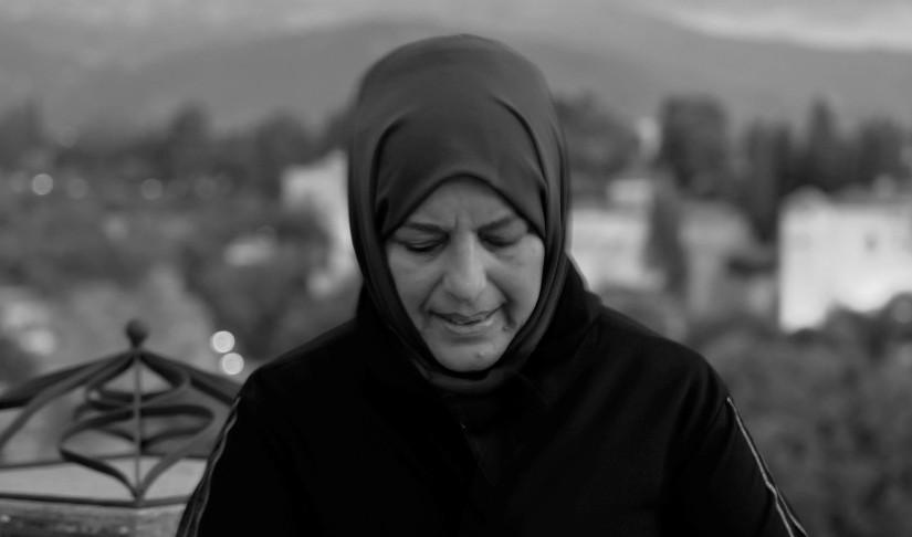 Sibel Eraslan: Büyük yalnızlığımıza bir teselli bulmak için yazarız