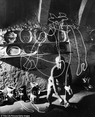 Picasso'nun ışık sanatı