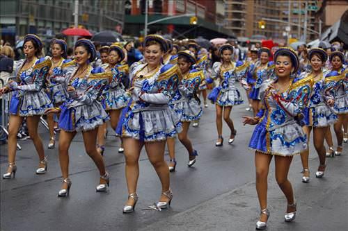 New York sokakları Rio'ya döndü