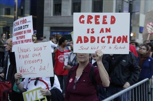 Wall Street'te 10 bin kişi yürüdü!