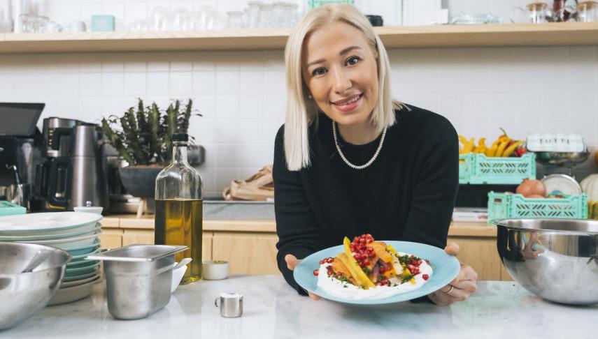 Vogue Kitchen: Müge Ergül'den Yılbaşına Özel Sebzeli Salatalar