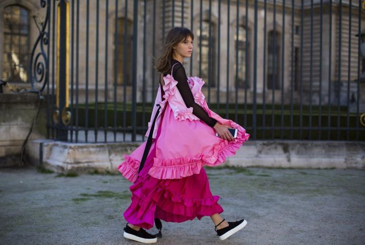 Sokak Stili: 2016 İlkbahar Paris Moda Haftası 4. Gün