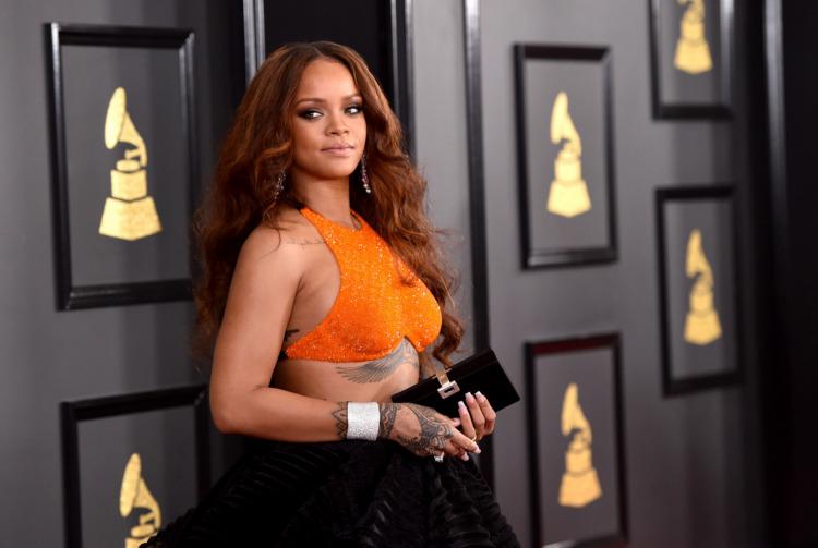 Grammy 2017: Gecenin En İyi Kırmızı Halı Görünümleri