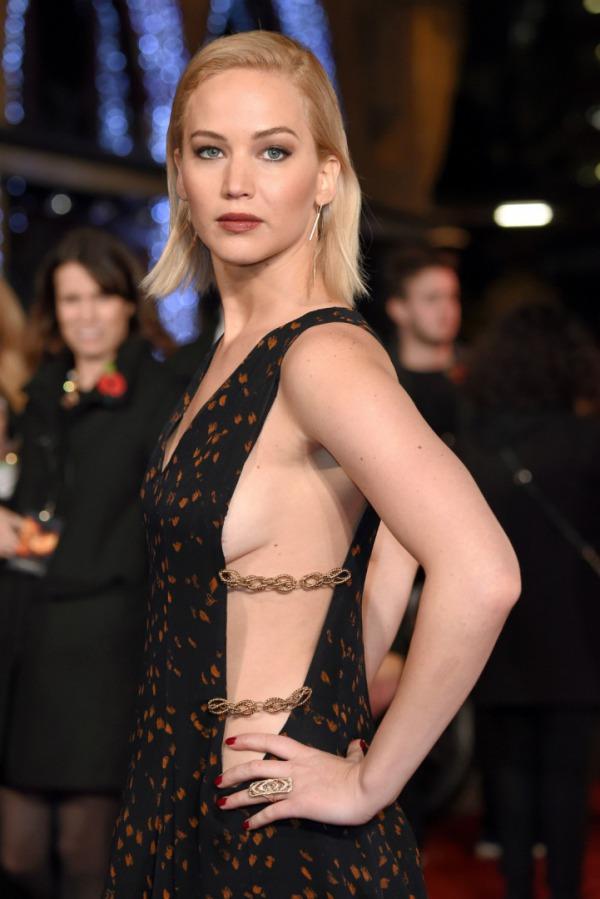 İngiltere Galası, Elbise: Dior Couture