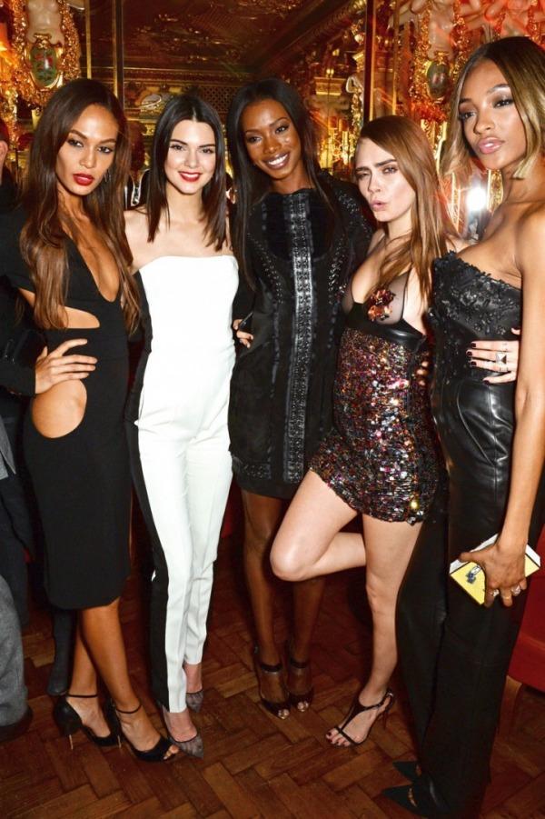 Joan Smalls, Kendall Jenner, Sigail Currie, Cara Delevingne, Jourdan Dunn