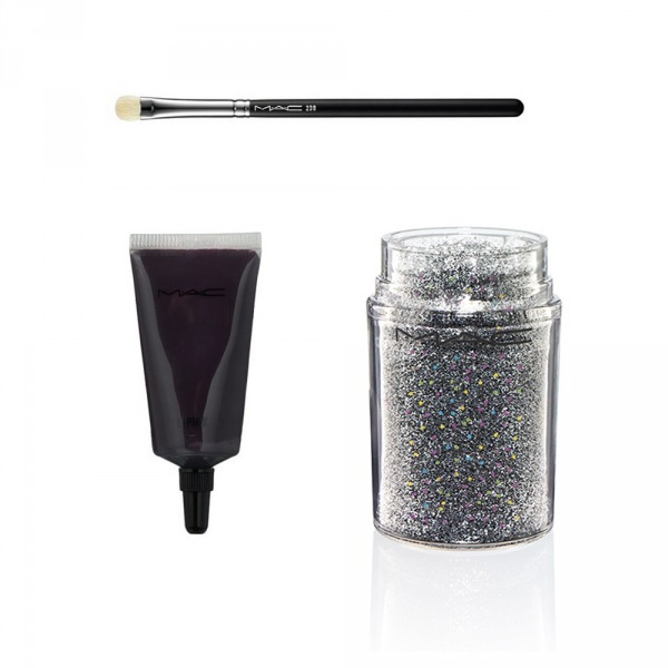 Sağ üstte M.A.C 239 Brush, Sol Altta M.A.C Lip Mix in Burgundy, Sağ Altta MAC Glitter Brillants 3D BLACK