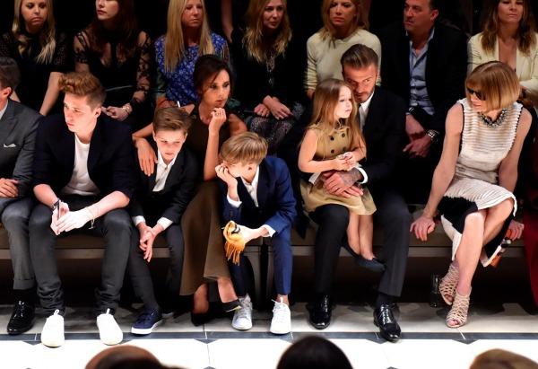 Brooklyn Beckham, Cruz Beckham, Victoria Beckham, Romeo Beckham, Harper Beckham, David Beckham