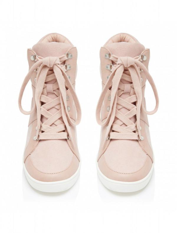 Ayakkabı 249,90 TL