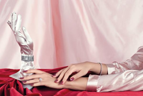Fotoğraf: Elena Rendina, Moda editörü: Enrica Ponzellini
