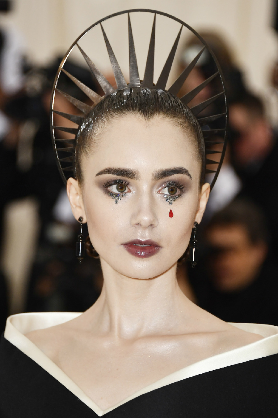 Lily Collins, 2018