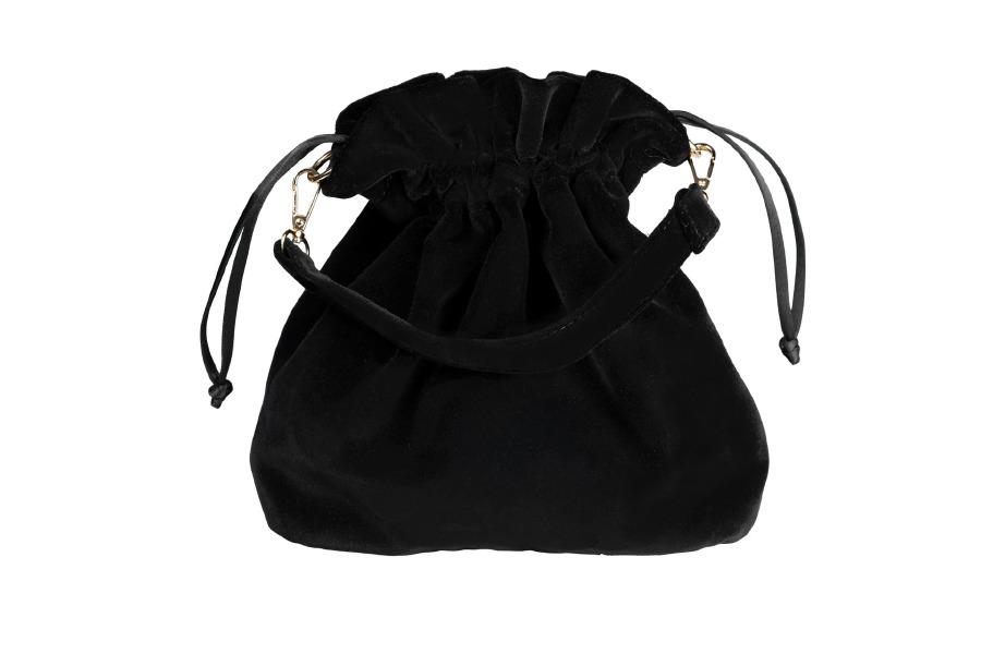 Velvet Potli Black: 380 TL