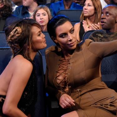 Kim'in Selfie Dersi