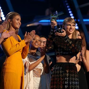 Taylor Swift'in Model Ordusu