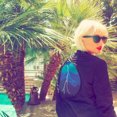 Bambaşka Bir Taylor Swift!