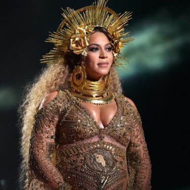 Metaforik Güzelliğiyle Büyüleyen Beyoncé