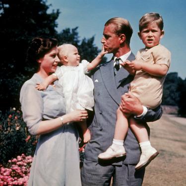 70 Yıllık Kraliyet Evliliği: Kraliçe 2. Elizabeth & Prens Philip