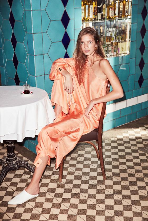 Vogue Türkiye okuyucularına bu sonbahar için bir stil önerisinde bulunur musunuz?