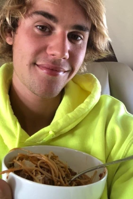 Justin Bieber, 103M