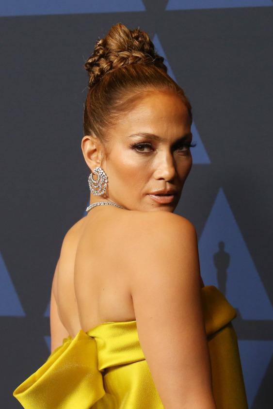 Jennifer Lopez'in Dekoratif Örgüleri