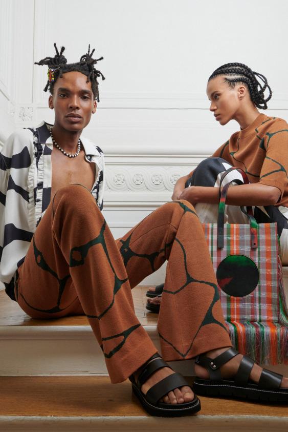 Karl Lagerfeld ve Kenneth Ize Bir Arada