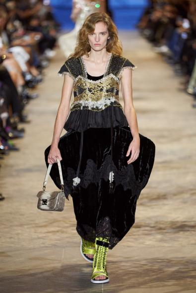 2022 İlkbahar/Yaz Louis Vuitton