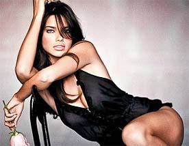 Прекрасные, сексуальные девушки - широкоформатные обои.